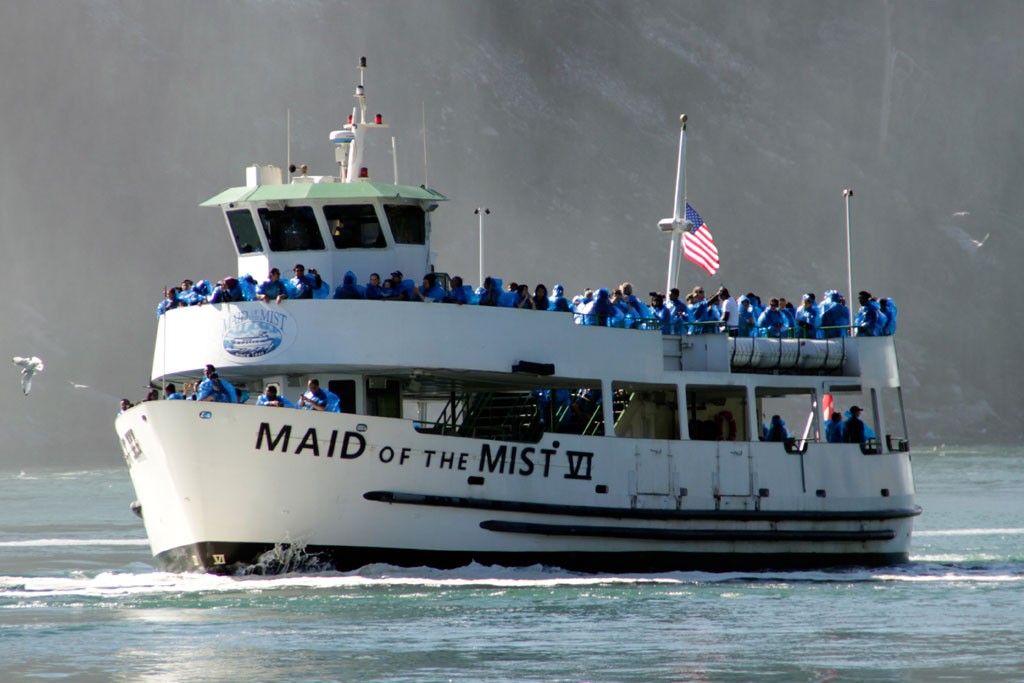 Maid-of-the-Mist VI - Niagara falls