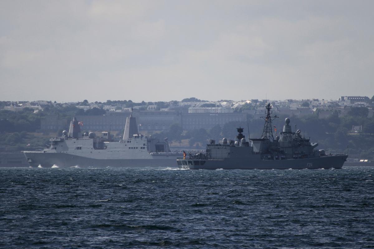 USS Arlington - FGS Lübeck (Allemagne)